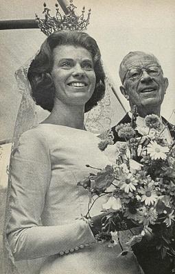 Click image for larger version  Name:Margaretha & King Gustaf VI Adolf.jpg Views:320 Size:134.5 KB ID:142805