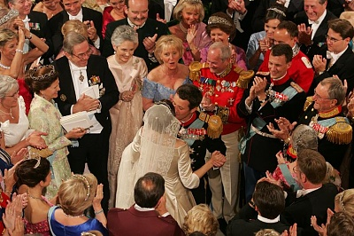 Click image for larger version  Name:another wedding photo 6.jpg Views:425 Size:115.9 KB ID:143008