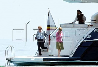Click image for larger version  Name:AP-PAOLA-YACHT-SI01.jpg Views:162 Size:33.1 KB ID:145127