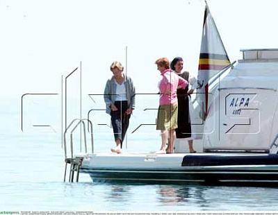 Click image for larger version  Name:AP-PAOLA-YACHT-SI04.jpg Views:142 Size:23.8 KB ID:145130