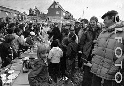 Click image for larger version  Name:1982-08-17 Upernavik Greenland.jpg Views:248 Size:41.2 KB ID:149859
