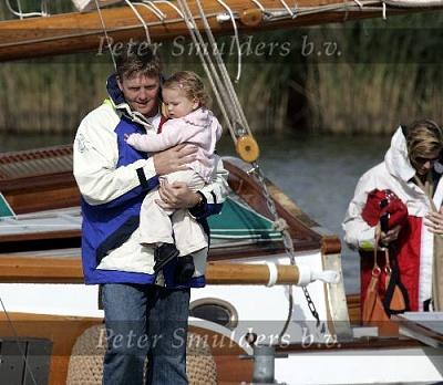 Click image for larger version  Name:Prins Willem Alexander 0406059493.jpg Views:179 Size:47.8 KB ID:154894