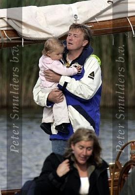 Click image for larger version  Name:Prins Willem Alexander 04060594839.jpg Views:238 Size:34.2 KB ID:154899
