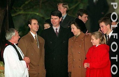 Click image for larger version  Name:royal_family.jpg Views:157 Size:30.1 KB ID:15752