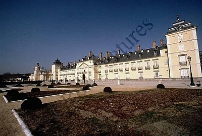 Click image for larger version  Name:palace.jpg Views:581 Size:43.3 KB ID:15779