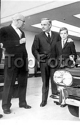 Click image for larger version  Name:1968_father and son.jpg Views:189 Size:19.5 KB ID:162720