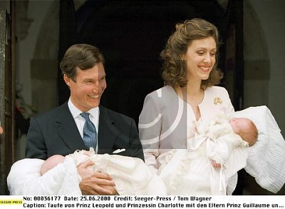 Click image for larger version  Name:baptism Leopold and Charlotte2.jpg Views:584 Size:26.0 KB ID:163589