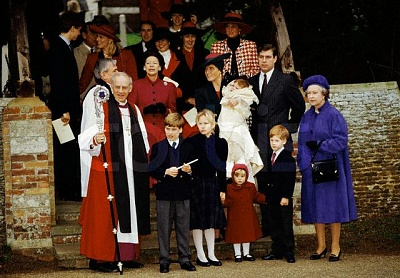 Click image for larger version  Name:christening4.jpg Views:882 Size:64.0 KB ID:16641