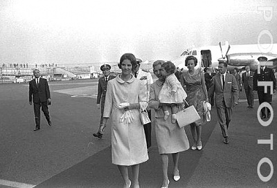 Click image for larger version  Name:8 Polfoto 24-07-1966 8 Dronning Anne-Marie og prinsesse Alexia.jpg Views:1009 Size:30.1 KB ID:167221