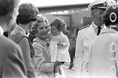 Click image for larger version  Name:9 Polfoto 24-07-1966  6 Dronning Anne-Marie og.jpg Views:819 Size:29.8 KB ID:167222