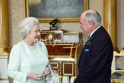 Click image for larger version  Name:Queen and PM.jpg Views:212 Size:34.3 KB ID:172137