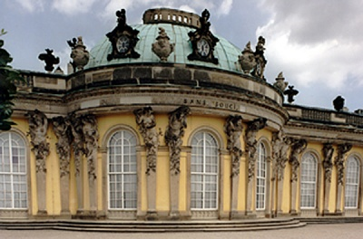 Click image for larger version  Name:Potsdam Schloss Sanssouci.jpg Views:419 Size:194.6 KB ID:172350