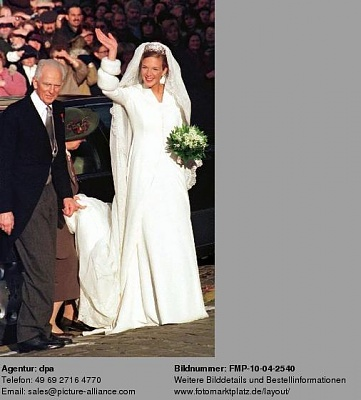 Click image for larger version  Name:Catherina of Austria 14.jpg Views:802 Size:33.8 KB ID:174805