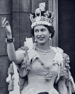Click image for larger version  Name:Coronation 1953 Buckingham Palace (3).jpg Views:497 Size:195.6 KB ID:176546