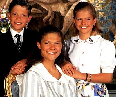 Click image for larger version  Name:siblings.jpg Views:359 Size:37.0 KB ID:1803