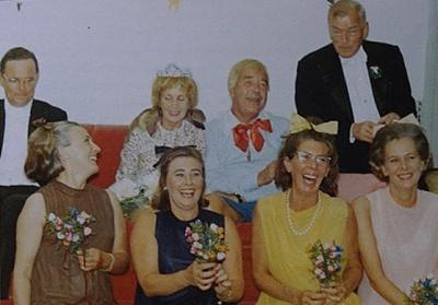 Click image for larger version  Name:födelsedagsfest o maskerad 1968.jpg Views:350 Size:29.4 KB ID:186428