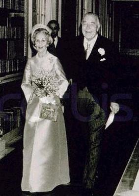 Click image for larger version  Name:bröllopet 1976_1.jpg Views:384 Size:21.1 KB ID:186431