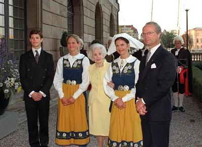 Click image for larger version  Name:nationaldagen.jpg Views:274 Size:50.6 KB ID:186486