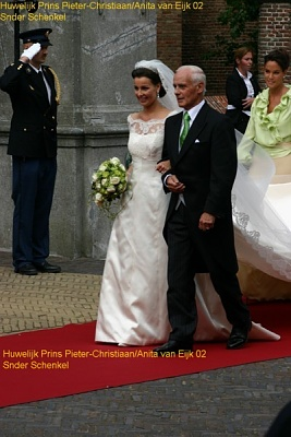 Click image for larger version  Name:HuwelijkPrinsPieterChristiaanenAnita02.jpg Views:253 Size:63.3 KB ID:186744