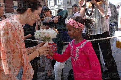 Click image for larger version  Name:CPss visits Danish refugee vol 8-29 18.jpg Views:340 Size:38.1 KB ID:187042