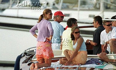 Click image for larger version  Name:boat2.JPG Views:462 Size:53.7 KB ID:187087