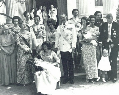 Click image for larger version  Name:Alexia ristiäiset christening.jpg Views:3092 Size:80.1 KB ID:187159
