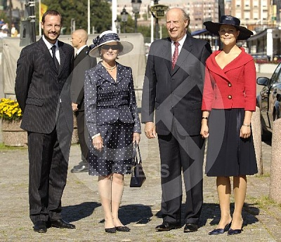 Click image for larger version  Name:Norway_in_Sweden_2-UKP.jpg Views:244 Size:77.9 KB ID:187930
