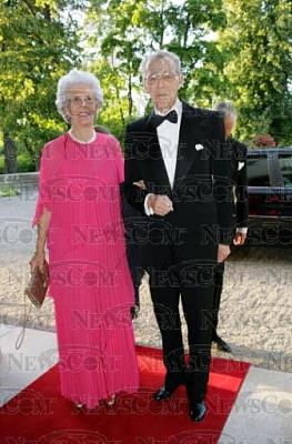Click image for larger version  Name:Lilian 90årsdag 2005_16.jpg Views:823 Size:37.1 KB ID:188642
