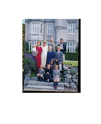 Click image for larger version  Name:Family Picture 1988 updated.jpg Views:1246 Size:66.9 KB ID:189291