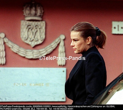 Click image for larger version  Name:Official_Princess.jpg Views:314 Size:62.5 KB ID:1989