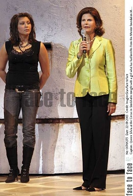 Click image for larger version  Name:Mentor Foundation Mamma Mia Cirkus 22 sept 2005_1.jpg Views:327 Size:143.1 KB ID:199672