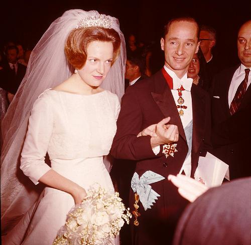 Click image for larger version  Name:Huwelijk Irene & Carlos Hugo.jpg Views:413 Size:45.6 KB ID:199696