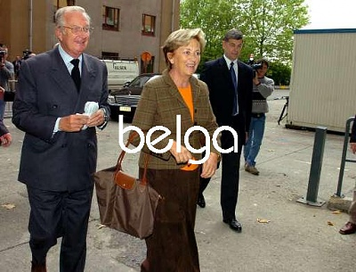 Click image for larger version  Name:King and Queen visit Pss Mathilde and Pr. Emm2.jpg Views:226 Size:37.4 KB ID:201513