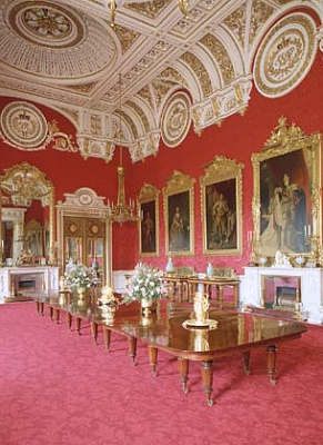 Click image for larger version  Name:State Dining Room.jpg Views:295 Size:108.3 KB ID:205009