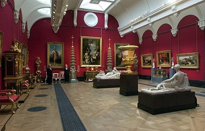 Click image for larger version  Name:The Queen's Gallery.jpg Views:287 Size:91.4 KB ID:205010