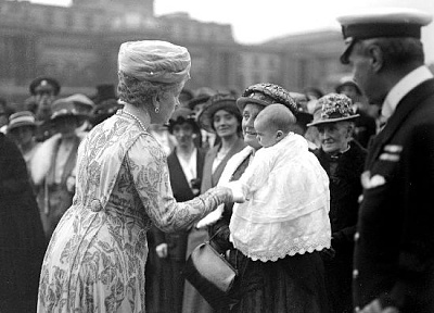 Click image for larger version  Name:garden party June 1920.jpg Views:257 Size:40.2 KB ID:205043