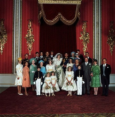 Click image for larger version  Name:Corbis Charles & Diana wedding.jpg Views:248 Size:60.1 KB ID:205069