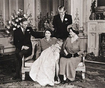 Click image for larger version  Name:Corbis Charles christening.jpg Views:248 Size:83.2 KB ID:205070