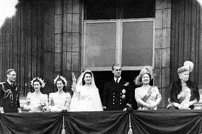 Click image for larger version  Name:QEII & Philip's wedding.jpg Views:234 Size:108.2 KB ID:205076