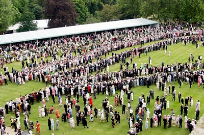 Click image for larger version  Name:garden party Jul 2004.jpg Views:218 Size:152.6 KB ID:207278
