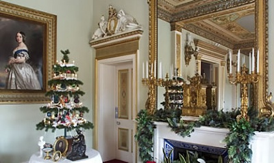 Click image for larger version  Name:Victorian Christmas, Osborne House.jpg Views:230 Size:32.4 KB ID:218699