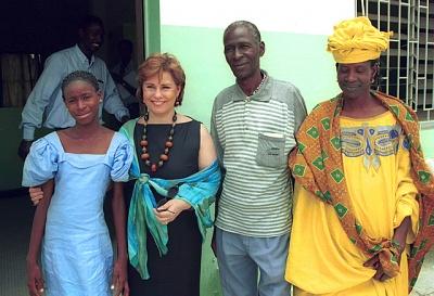 Click image for larger version  Name:Dakar Senegal april 2000, UNESCO.jpg Views:183 Size:115.6 KB ID:230792