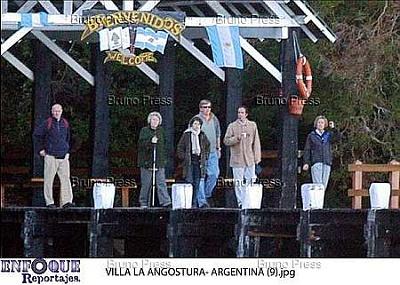 Click image for larger version  Name:angostura royal family n_15.jpg Views:221 Size:31.2 KB ID:235642