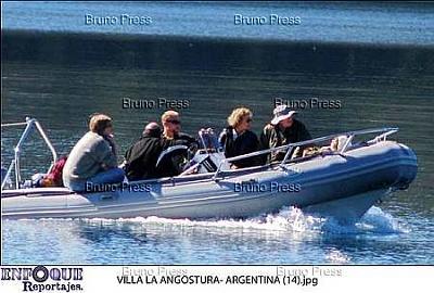 Click image for larger version  Name:angostura royal family ne_6.jpg Views:181 Size:25.1 KB ID:235645