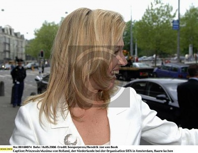 Click image for larger version  Name:16mei08.jpg Views:123 Size:55.7 KB ID:243737