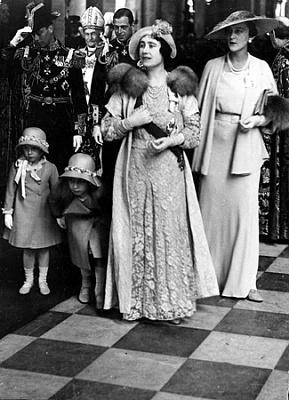 Click image for larger version  Name:1935 George V's silverjub.jpg Views:223 Size:122.2 KB ID:250001