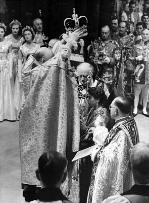 Click image for larger version  Name:1953-06-02 Coronation 04 dpa.jpg Views:238 Size:50.5 KB ID:250065