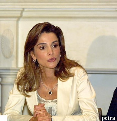 Click image for larger version  Name:Queen_Rania_at_the_UN.jpg Views:236 Size:31.1 KB ID:25196
