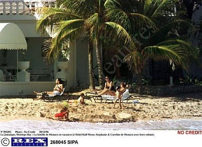 Click image for larger version  Name:Family_Holiday_5.JPG Views:3146 Size:50.1 KB ID:2569