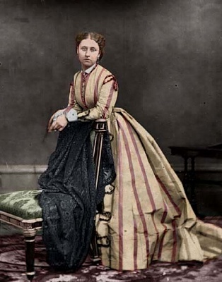 Click image for larger version  Name:Princess Louise of Great Britain.jpg Views:564 Size:54.9 KB ID:262417